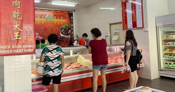 顾客可在舒适的猪肉便利店购买猪肉。