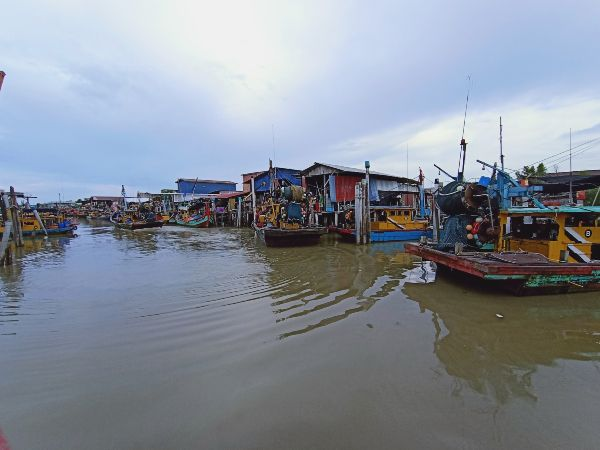 双怡杖渔村已有百余年历史,村民迄今保持传统朴素的生活模式。