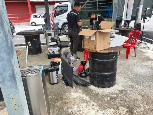 霹雳州环境局于于9月10日10月21日,展开电器及电子产品垃圾回收活动。