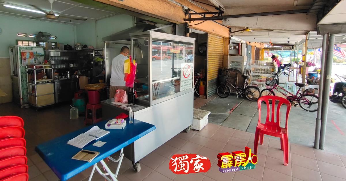和丰大巴刹週六爆出多名小贩确诊新冠肺炎并遭卫生局关闭一週消毒后,附近商店的生意冷清清。